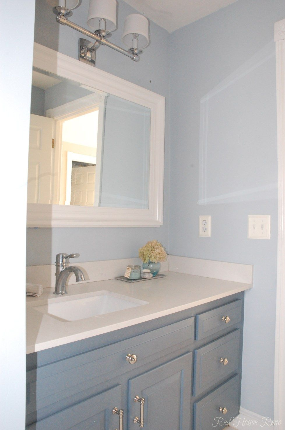 Bm Mt Rainier Gray Paint אמבטיות Bathroom Grey