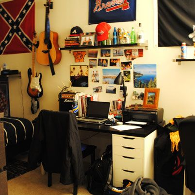 Best 25 Guy Dorm Rooms Ideas On Pinterest Guys College
