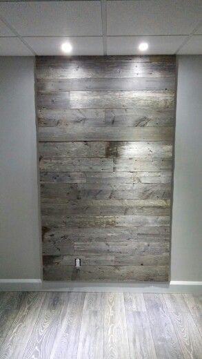 mur bois de grange sous sol pinterest salons. Black Bedroom Furniture Sets. Home Design Ideas