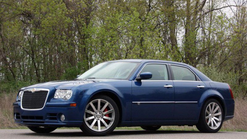 Review 2010 Chrysler 300C SRT8 remains a guilty pleasure
