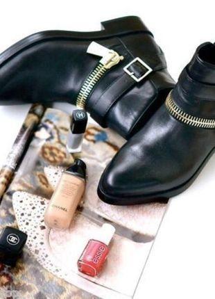 À vendre sur #vintedfrance ! Bottines Plates Zara et boucle