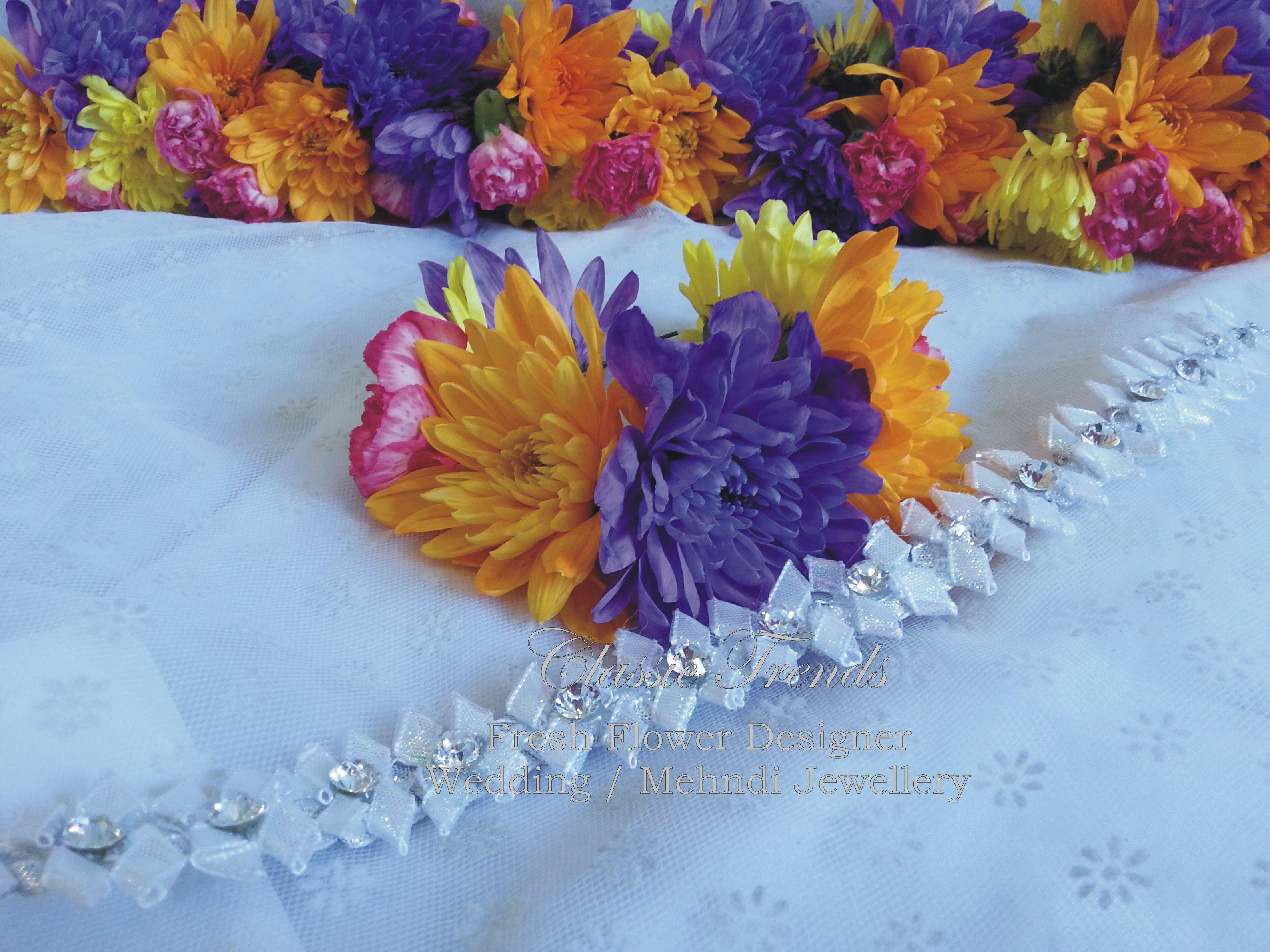 Mehndi Fresh Flowers : Fresh flower gajrah mehndi jewellery pinterest