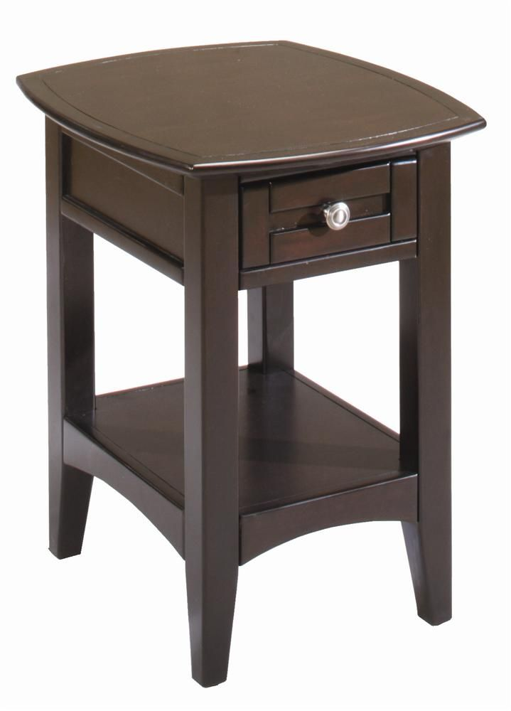 Best Kensington Chairside Table W Drawer By Aspenhome 640 x 480