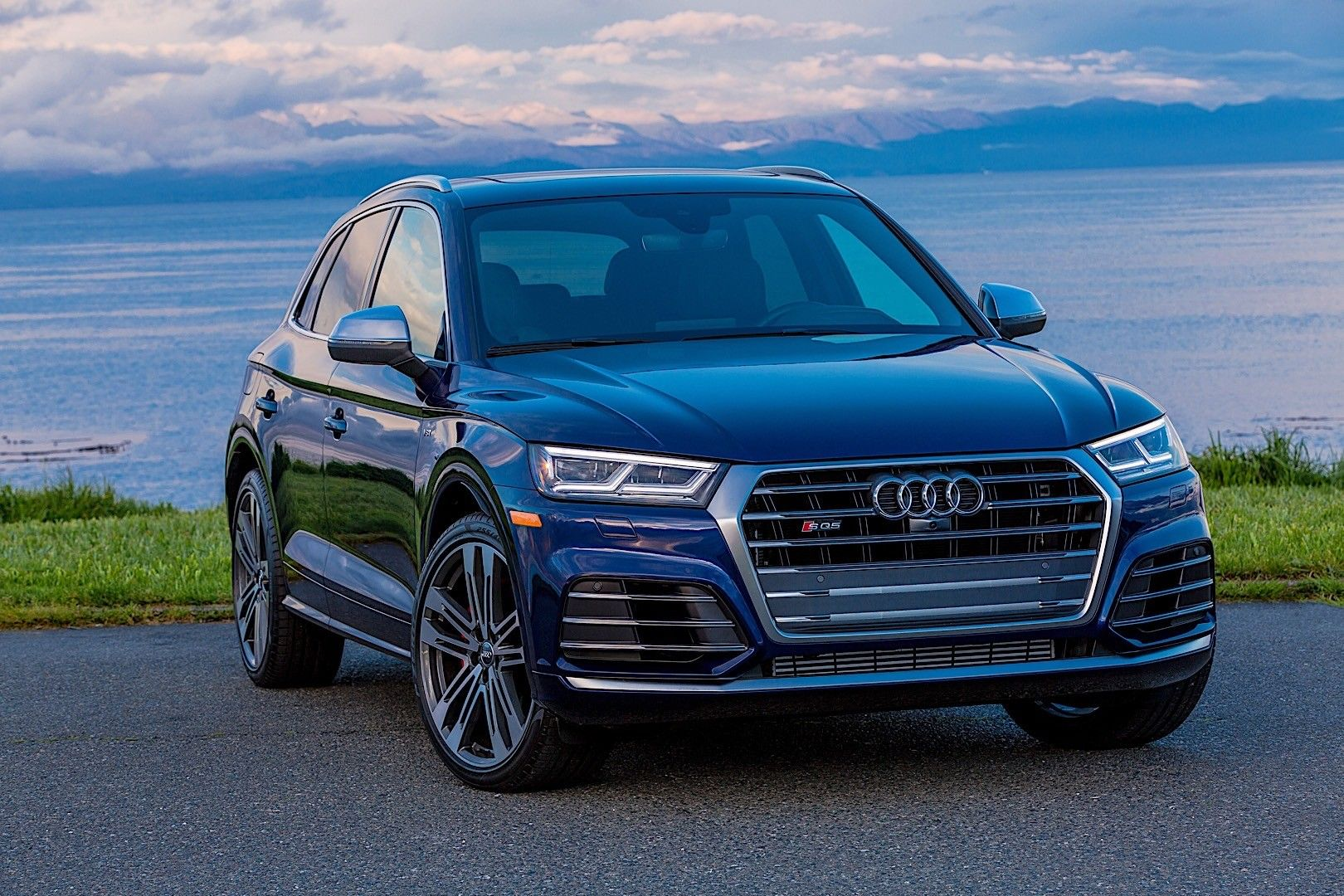 Audi Sq5 Specs Photos 2017 2018 2019 Autoevolution Audi Q5 New Suv Audi