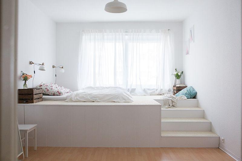 Das gemütliche, traumhafte Podestbett das Tom uns baute. Ein tolles ...