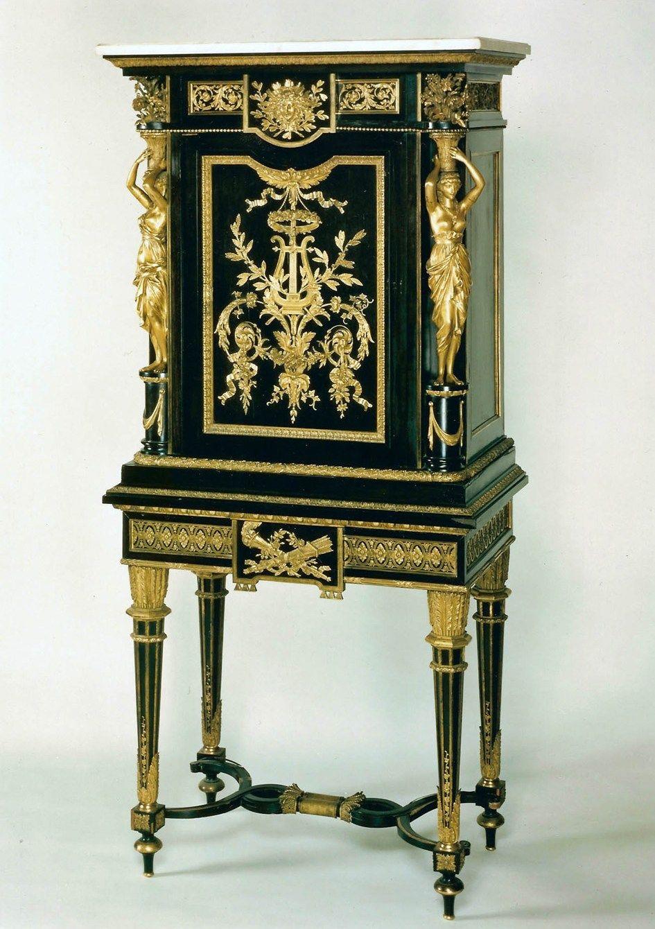 Les Copies A L Ere Des Premieres Vystavki Universselles Louis Xvi Style Antique Wall Clock Art Furniture