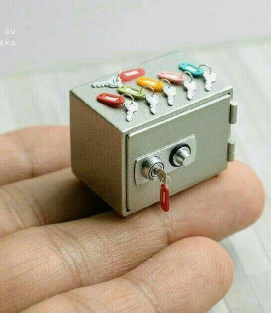 Mini safe and keys