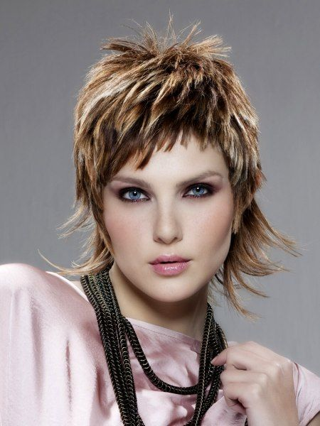 Fashionable hairstyles with a hint of eccentricity