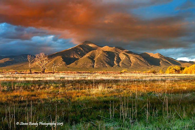 taos+new+mexico+sunsets   taos mountain sunset glow taos new mexico 2015