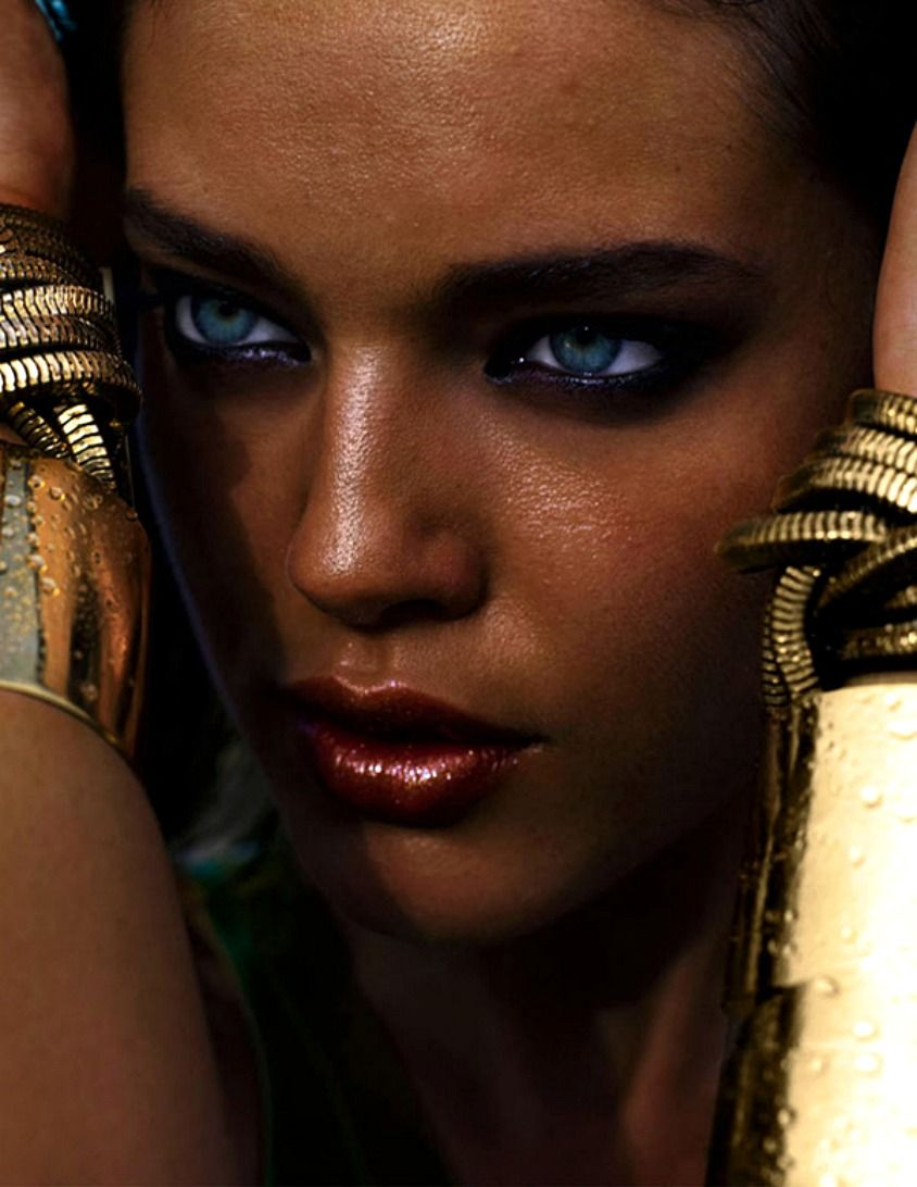 Emily Didonato | Tan skin + piercing blue eyes | Gold bracelets
