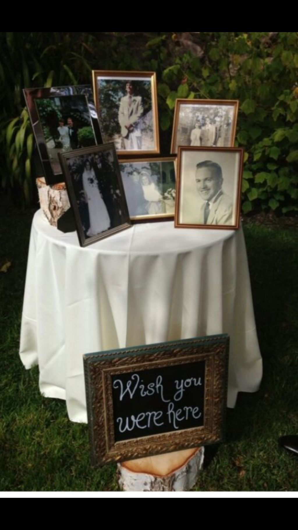 cute and romantic wedding photo display ideas you should try at