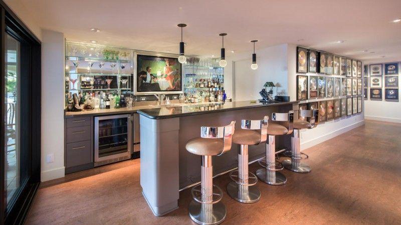 The Bar Inside Jane Fonda S House Getting Thirsty Celebrity