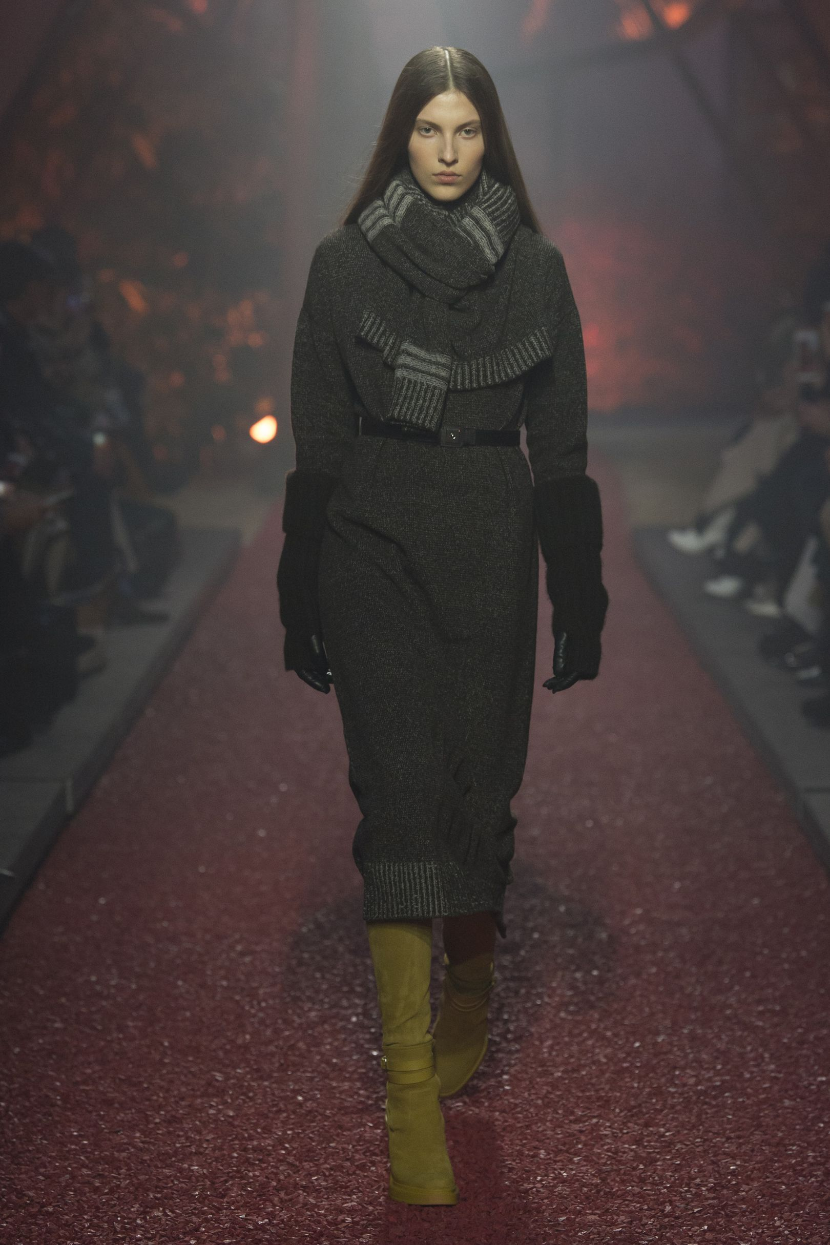 European Fashion, Fashion Show Collection, Fall 2018, Fall Outfits, Fall  Chic, 0d541cf4ad2