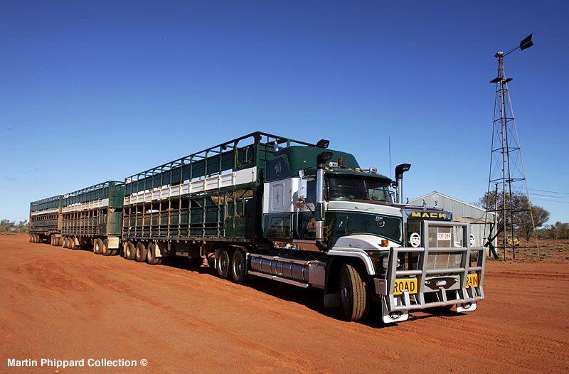 Afbeeldingsresultaat voor MACK roadtrain australie