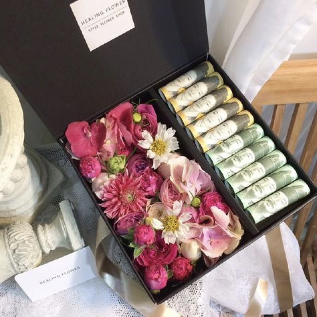 Pin By Marwa On هدايا Wedding Gift Money Creative Money Gifts Flower Box Gift