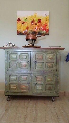 Acabo de terminarlo mueble castellano reciclado recogido for Mueble castellano restaurado