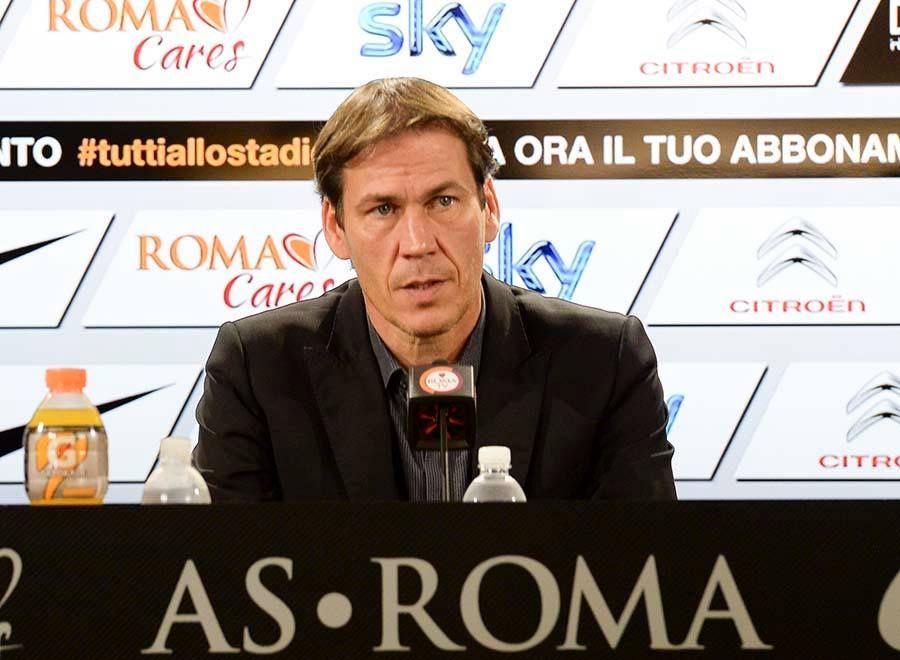 il Mister Garcia in conferenza stampa