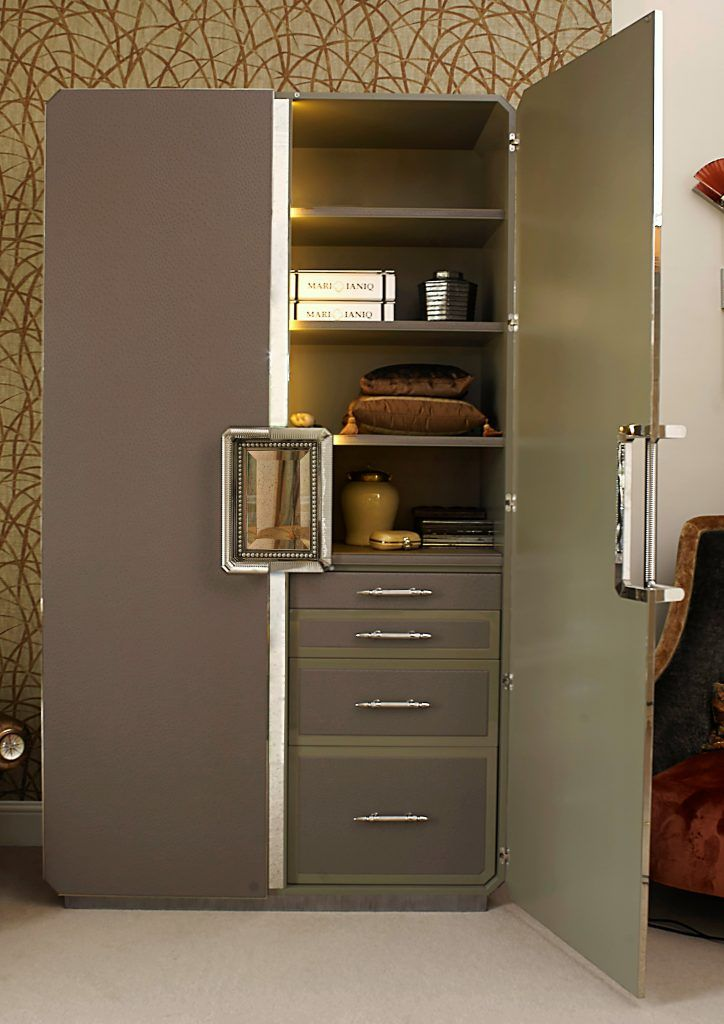 Charmant 2.8 NEFERTITI Large Dressing Cabinet By MARI IANIQ In Ambiance