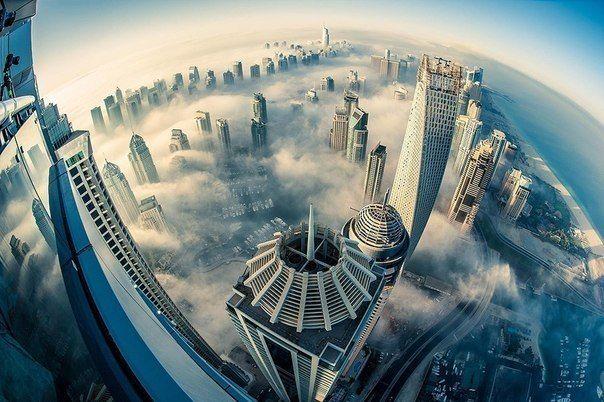 Дубай с высоты птичьего полета. #swisshalley #travel