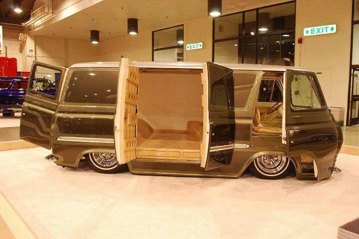 Ole Ford Econoline Bagged Cool vans, Custom vans