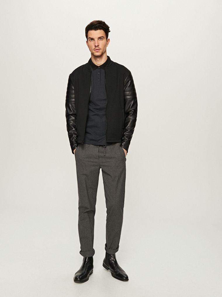best service 0422d ffdc6 Abbinamento colori vestiti uomo, combinare pantalone grigio ...