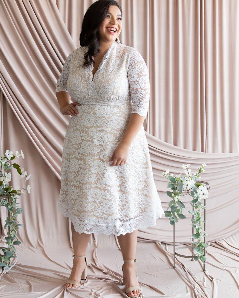Kiyonna Womens Plus Size Bella Lace Wedding Dress Plus Size Wedding Dresses With Sleeves Simple Wedding Dress Casual Plus Wedding Dresses [ 1000 x 800 Pixel ]