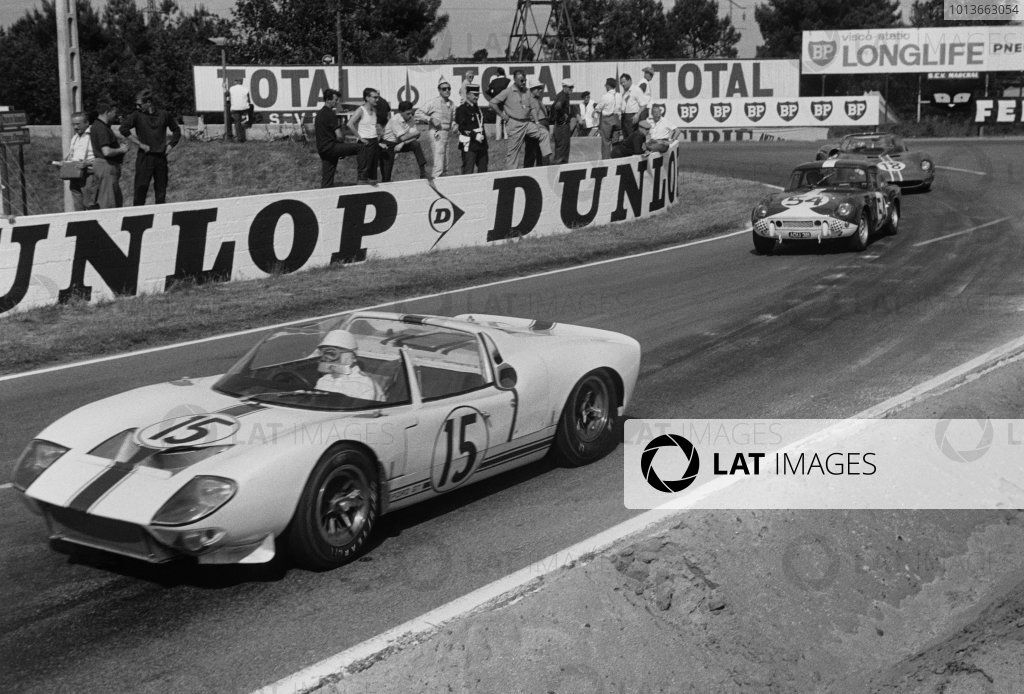 1965 Ford Gt40 Roadster Chassis No Gt 108 Le Mans France