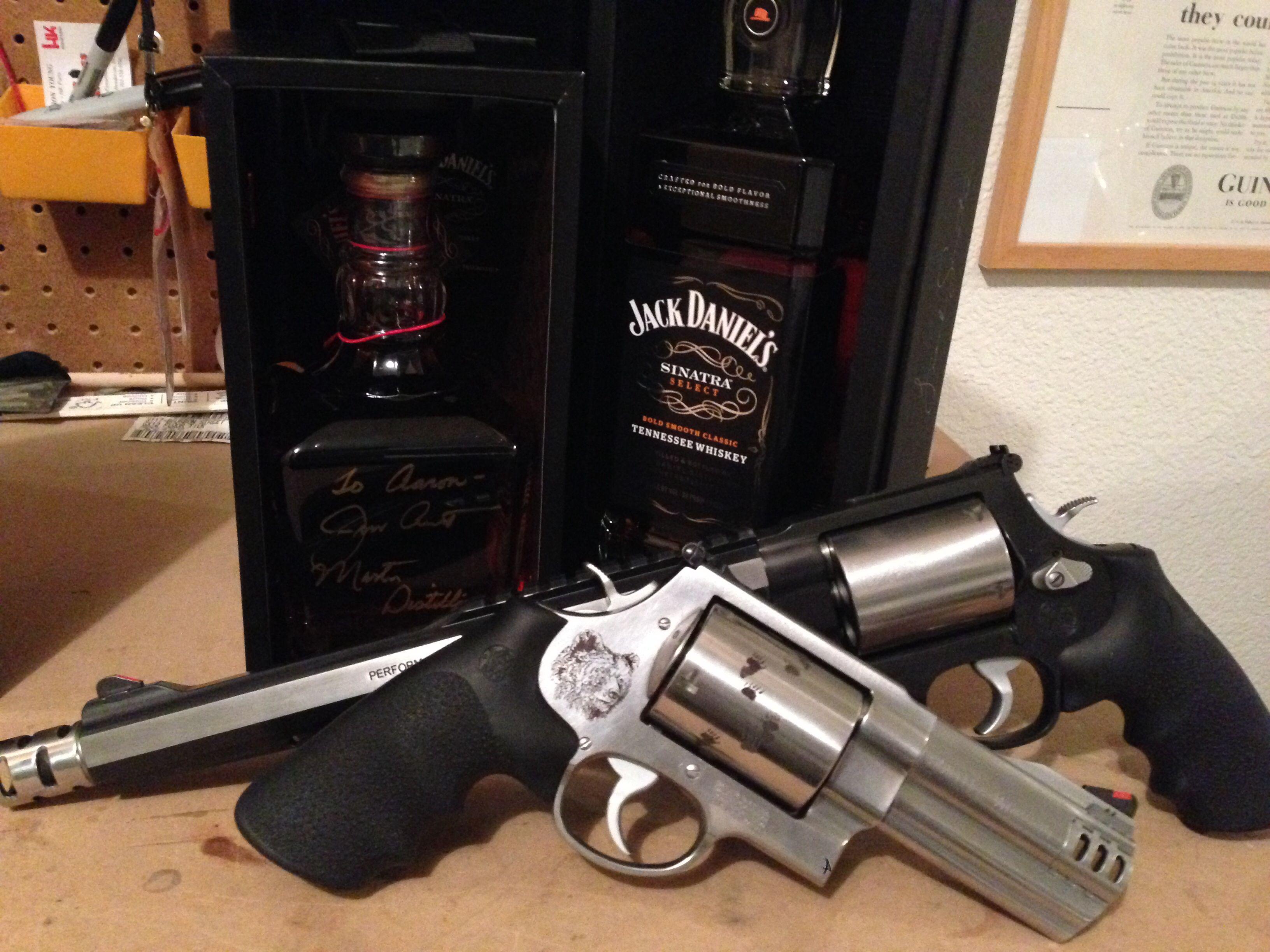"Bone Collector Backpacker Jack Daniels 4"" 10.5"" 500"