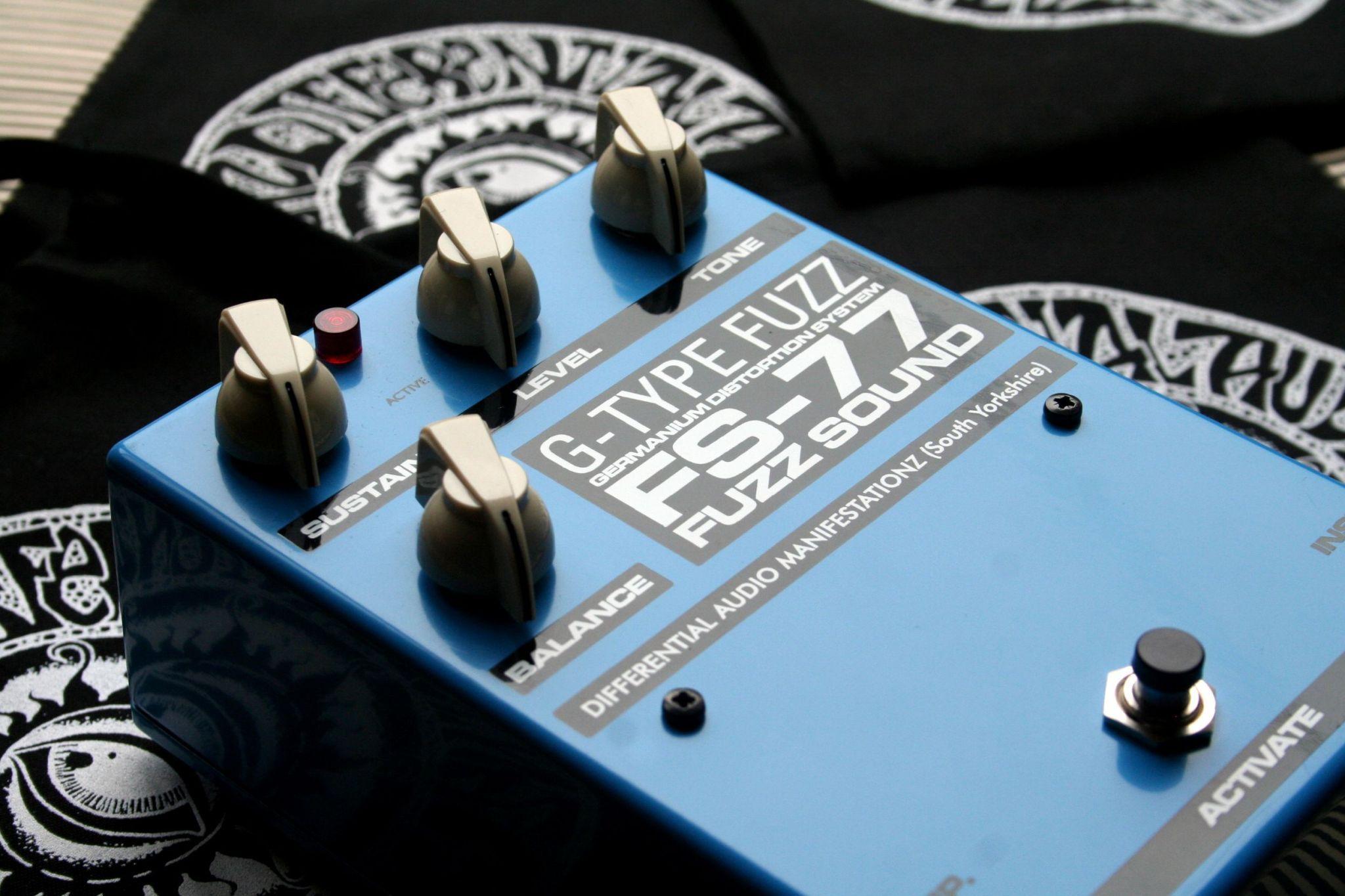 2016 d a m fuzz sound fs 77 fuzz fuzz audio music instruments. Black Bedroom Furniture Sets. Home Design Ideas