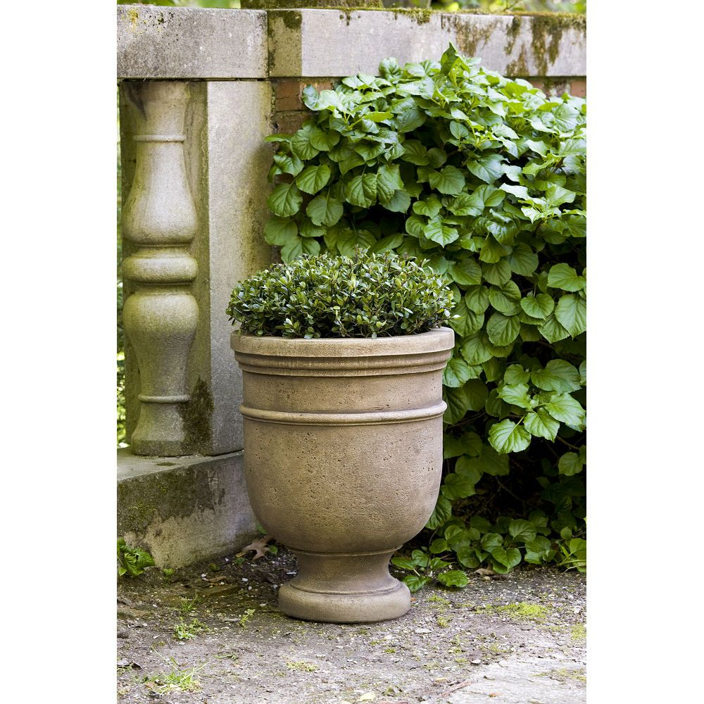 Kinsey Garden Decor Cast Stone French Provincial Large Urn Garden Planter Flower Pot For Transiti Garden Urns Patio Container Gardening Garden Decor