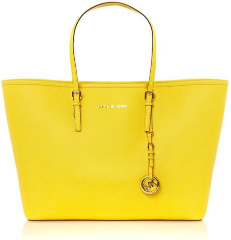 52808a6809444a Shop Women's Michael Kors Totes and shopper bags on Lyst. Jet Set Travel  Medium Tote - Lyst