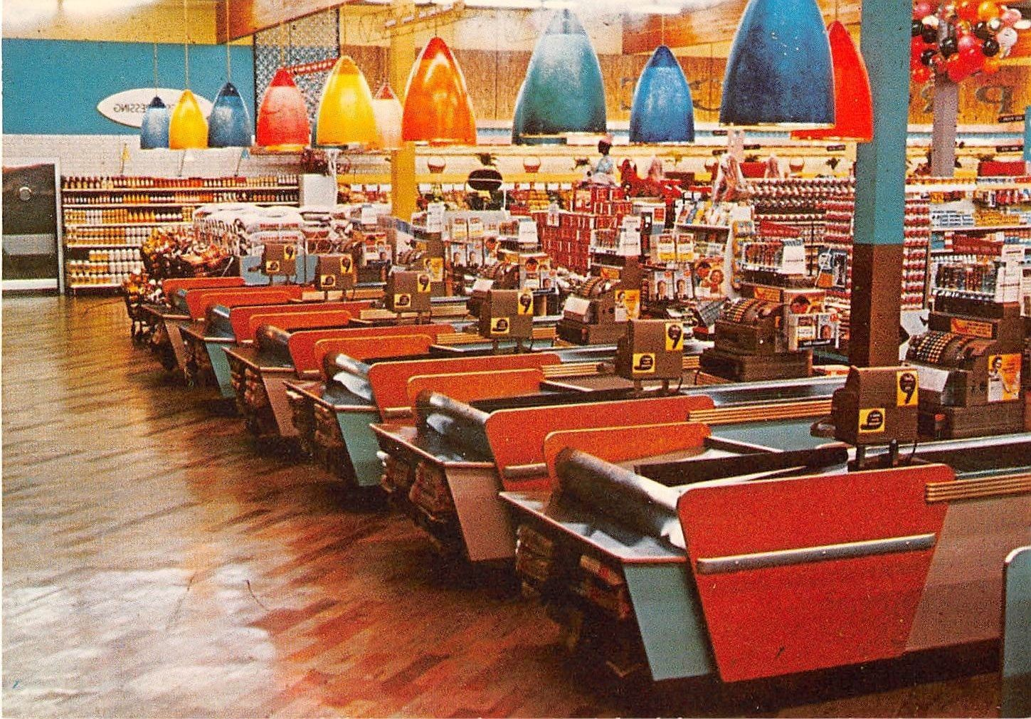 Inside The Piggy Wiggly On Douglas Ave Racine Wi Late 60 S Early 70 S Racine Wisconsin Racine Historical Pictures