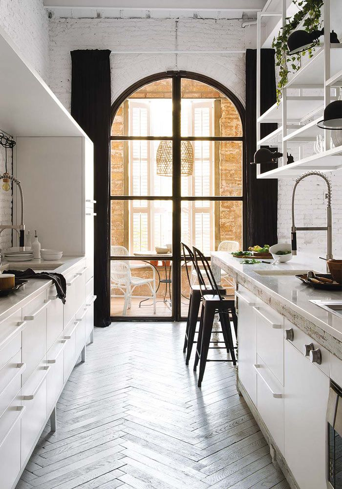 A cosy white apartment with an amazing kitchen Pinterest