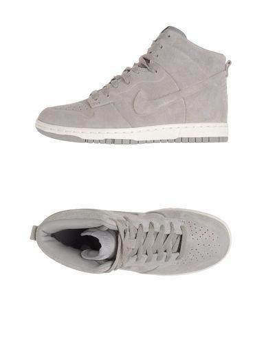 Nike | Compre calçados, roupas e acessórios | Tricae
