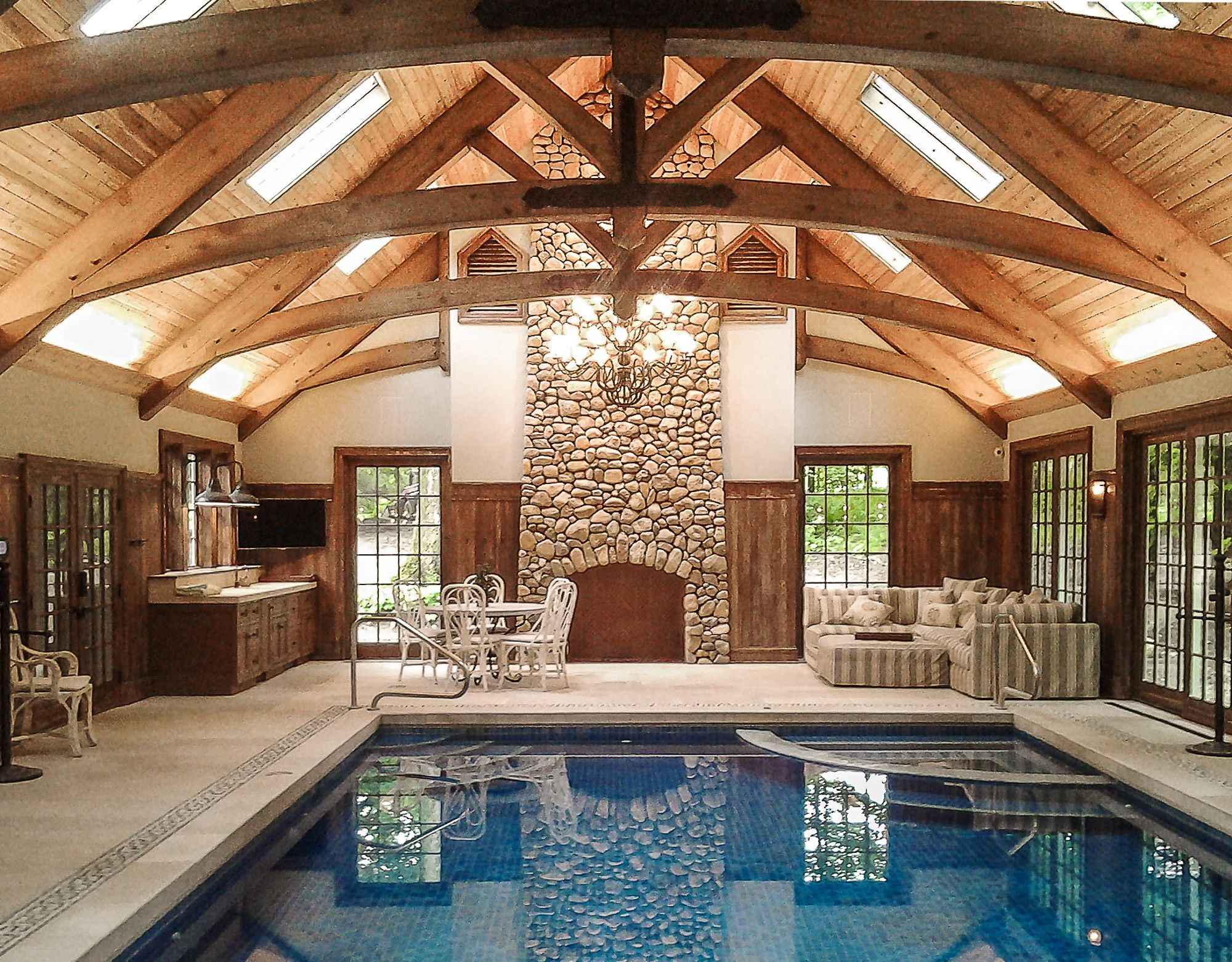 Reed Pool House | Heavy Timber Arches | King Post Trusses