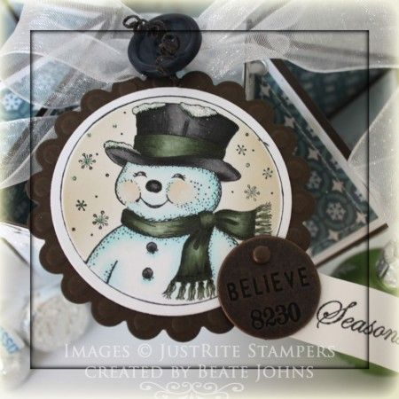 Christmas Box designed by Beate Johns