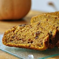 Great Harvest Pumpkin Chocolate Chip Bread. I love this ...