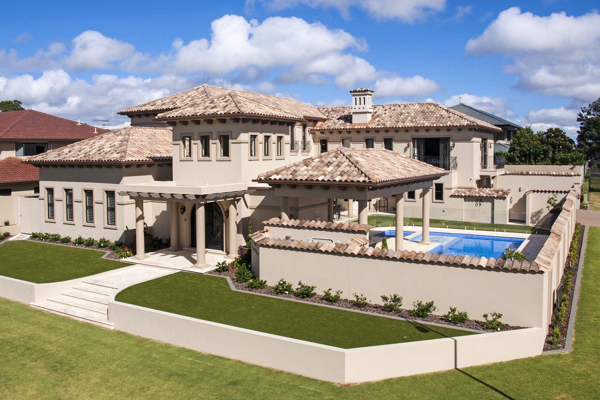 La Escandella Curvado In Aitana And Lucentum Old Villa Style Roof Tiles House Styles