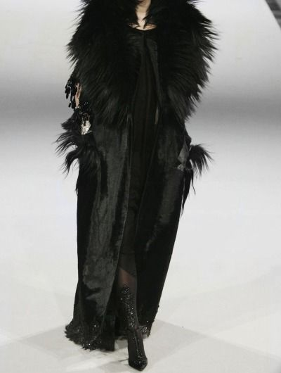 What Alys Karstark would wear, Christian Lacroix