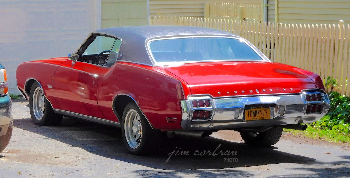 Pin By Paul Ramirez On All My Dream Cars And Trucks In 2020 Cool Car Pictures Oldsmobile Cutlass Supreme Supreme