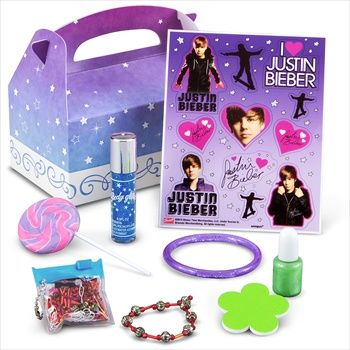 Throw your son or daughter a Bieber inspired celebration.