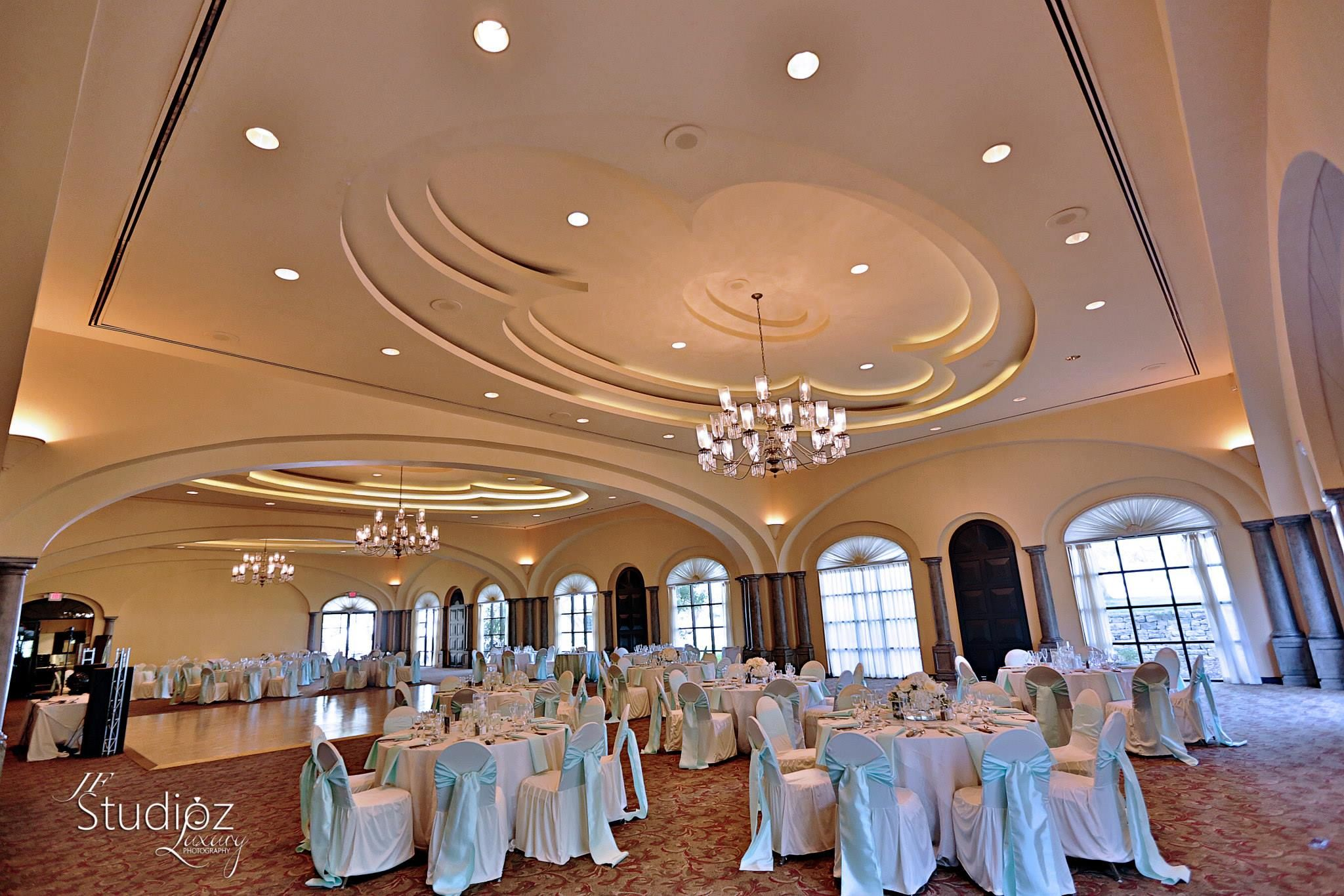 Elegant Wedding Reception With Tiffany Blue Sashes White Linens In The Ballroom At Sonterra Country C Elegant Wedding Reception San Antonio Wedding Reception