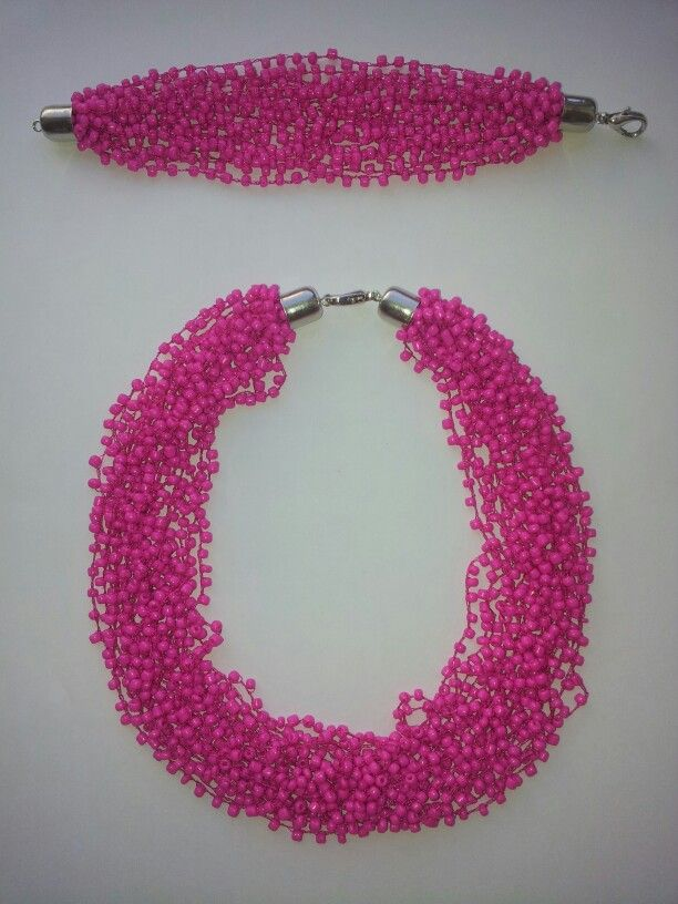 Beaded necklace and bracelet~  Made by @Guamaral5 https://www.facebook.com/pages/Handmade-by-Shadow/1399828903601882