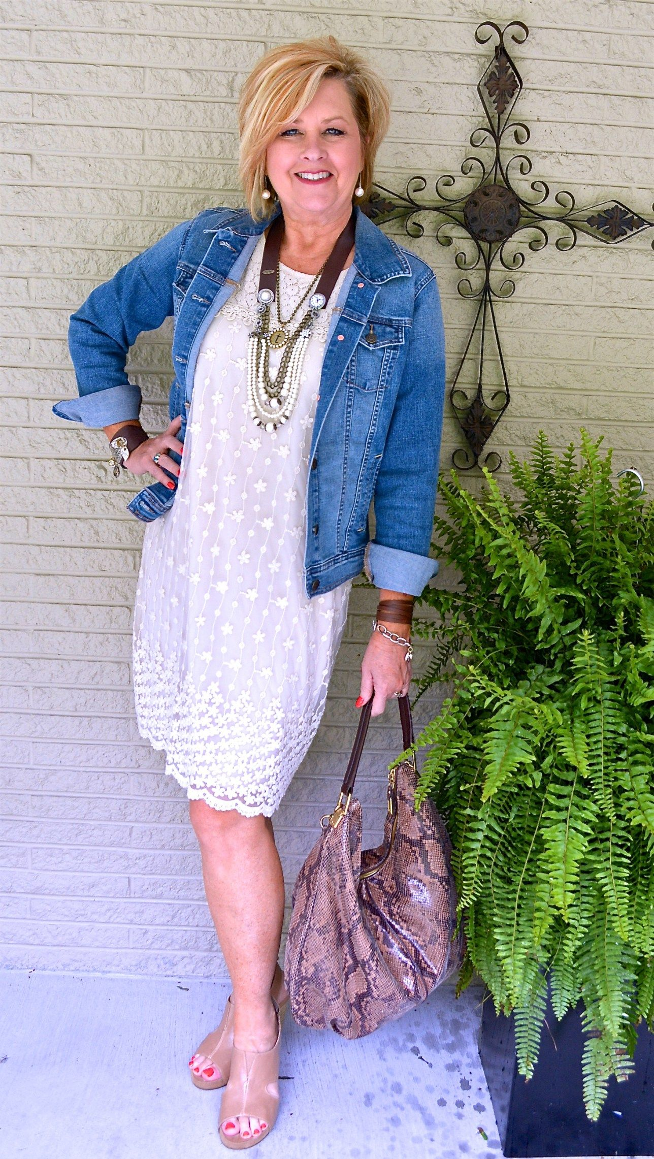 WHAT IS YOUR FAVORITE SUMMER OUTFIT | AGELESS LINK-UP – 50 IS NOT OLD