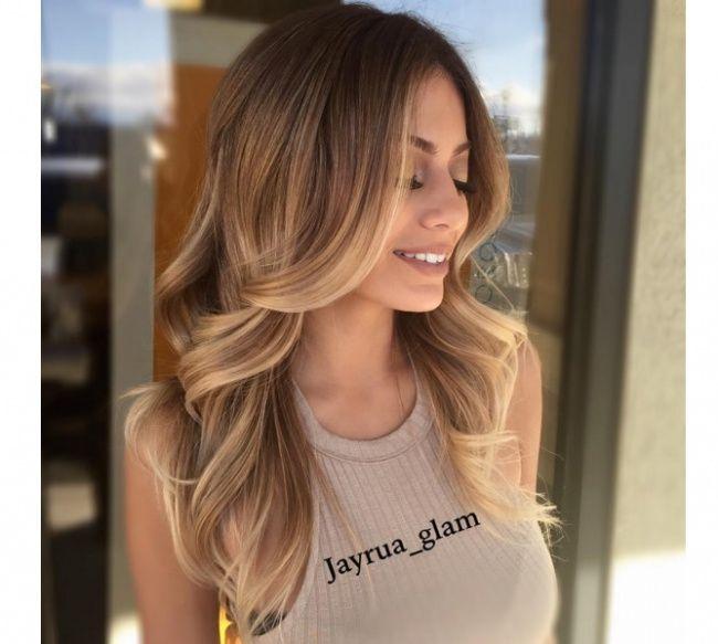 22 Nuances De Blond A Adopter Sans Plus Attendre Trend Zone Nuance De Blond Tendances Coiffures Blond