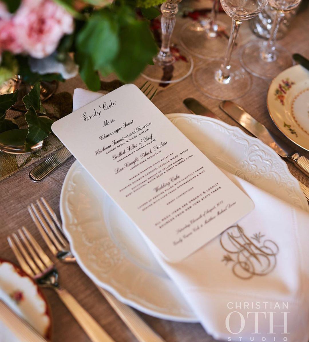 Another beautiful custom monogram from @juliabhandmadeforlife for a personalized linen napkin! 📷: @christianothstudio . . . . . . .