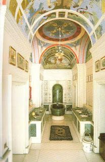 The King's Bathroom is finished in beautiful green and white marble. This room has tiny tooth brushes, bars of soap and a flushing lavatory!