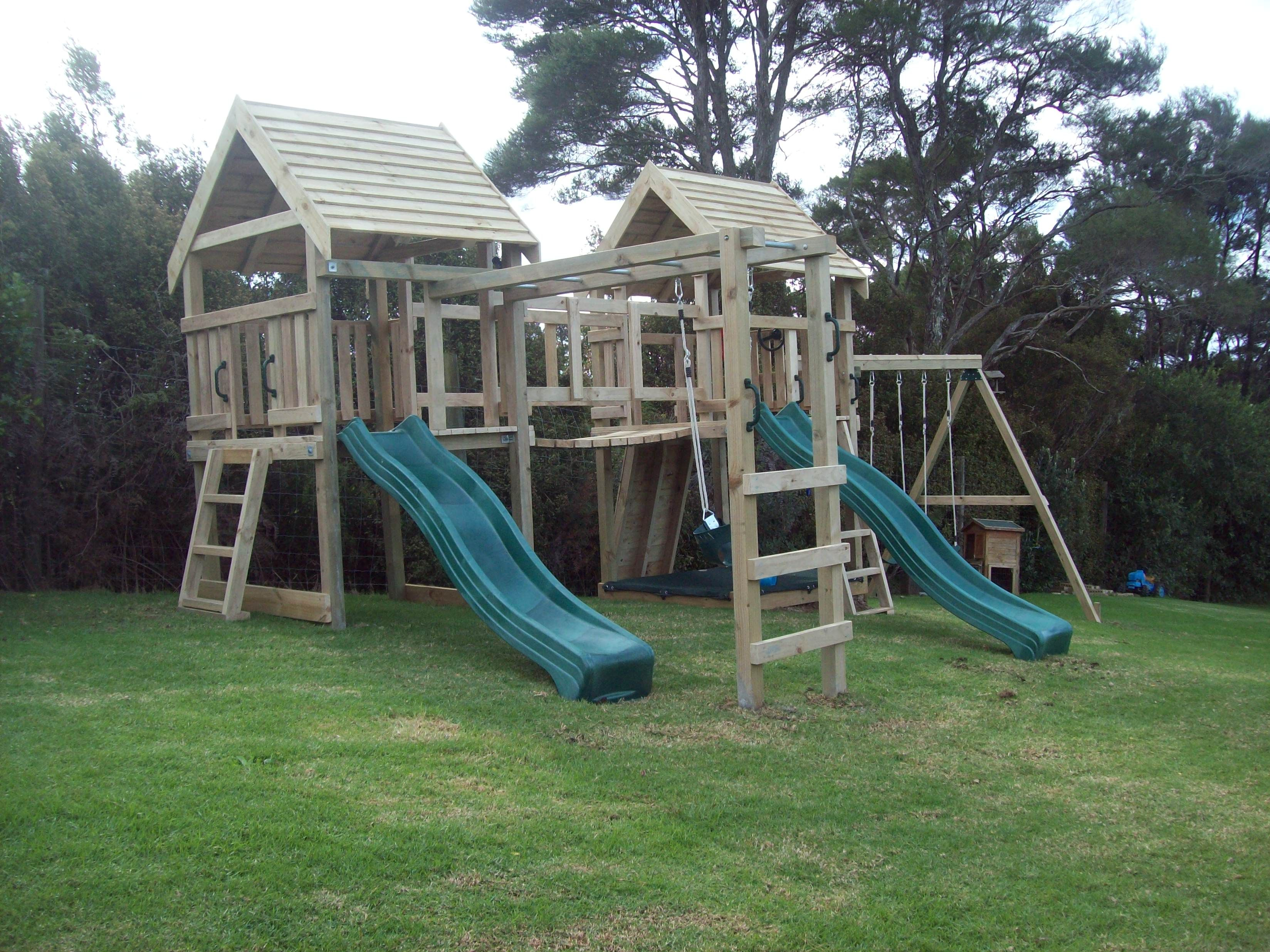 Pretty & Fun Play Scapes For Kid Backyards | Backyard for ...