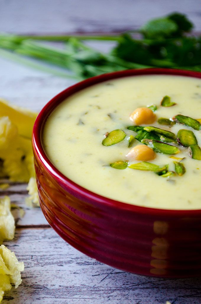 Creamy zucchini Soup with Yogurt: even the picky eaters and zucchini haters will ask for the second as noone can tell that it has zucchini inside.