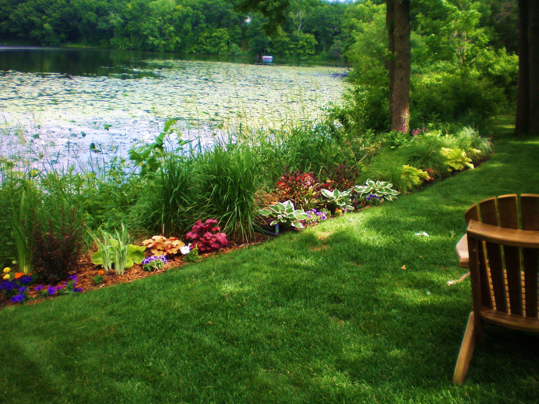 Lakeside garden | Backyard landscaping plans, Lakeside ... on Lakefront Patio Ideas id=63552